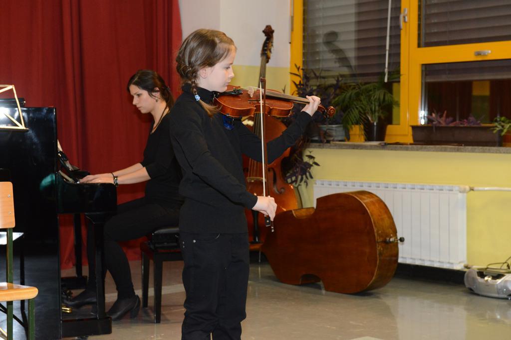 javni-nastop-dravograd-04-12-2013-34