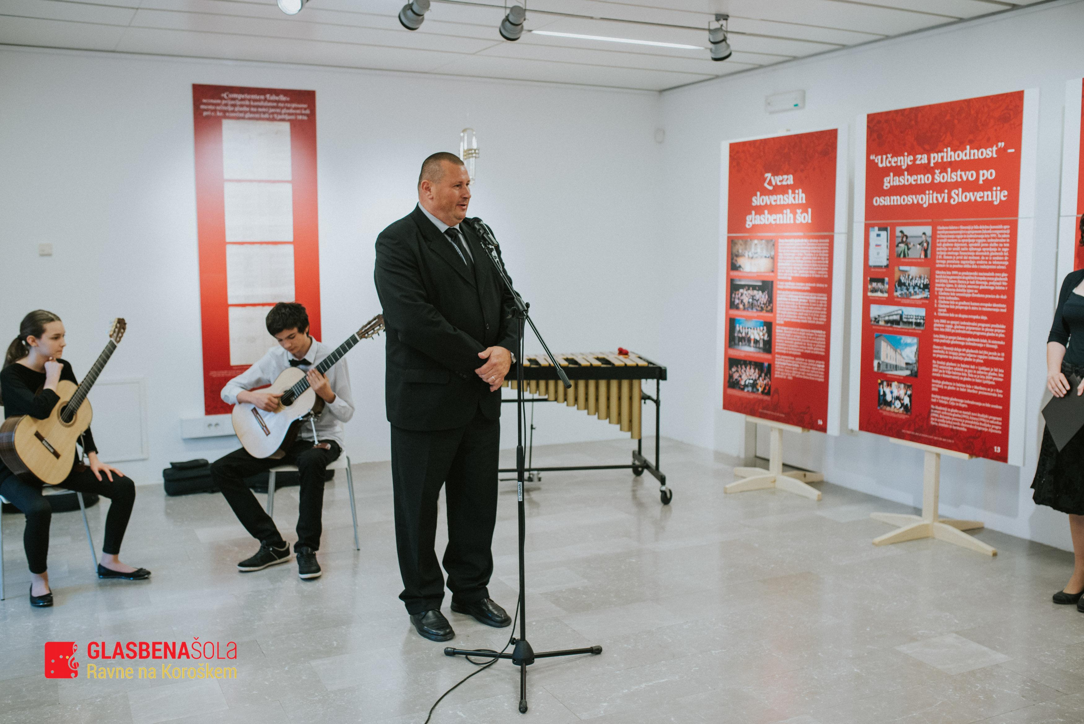200-let-glasbenega-c5a1olstva-12