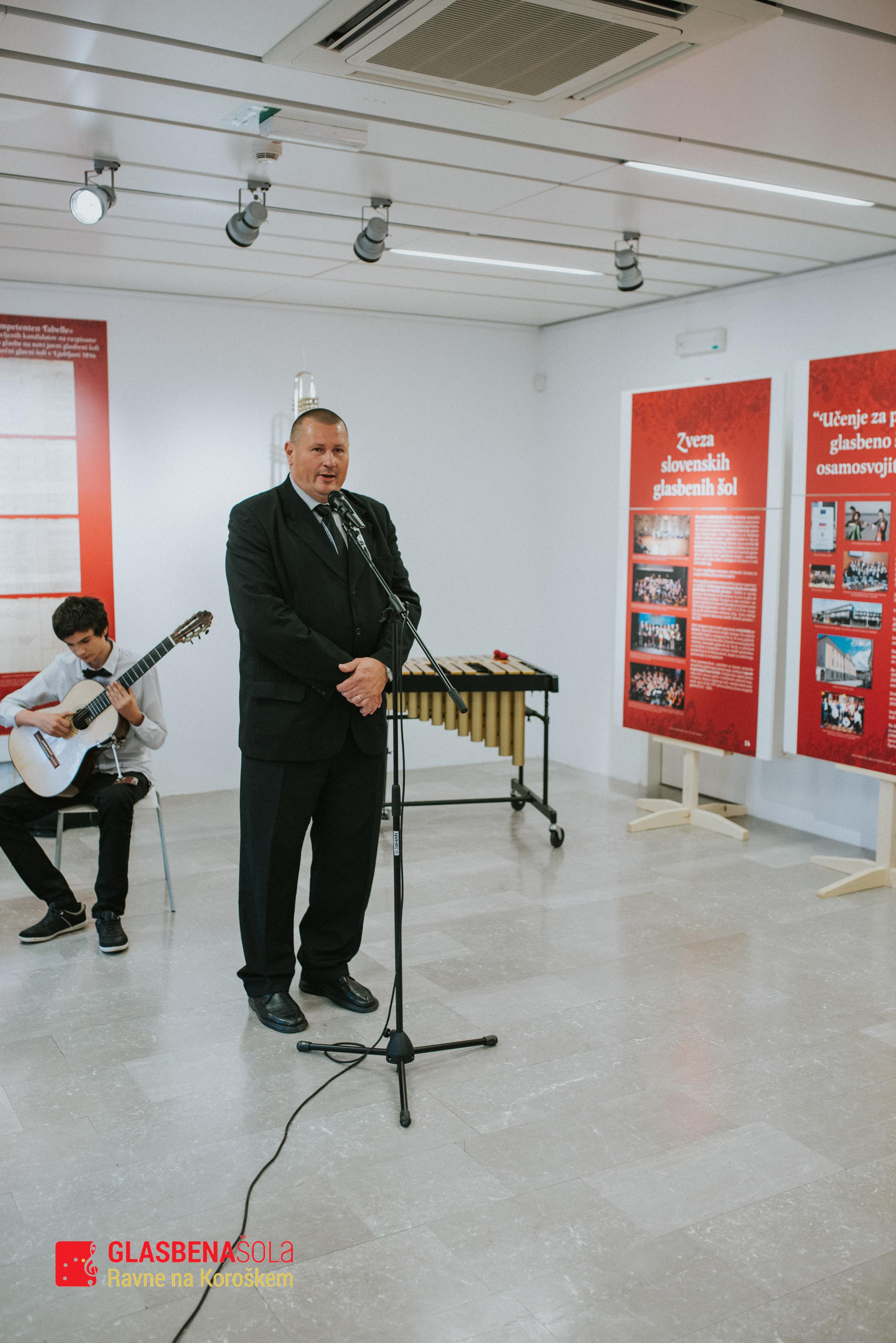 200-let-glasbenega-c5a1olstva-13