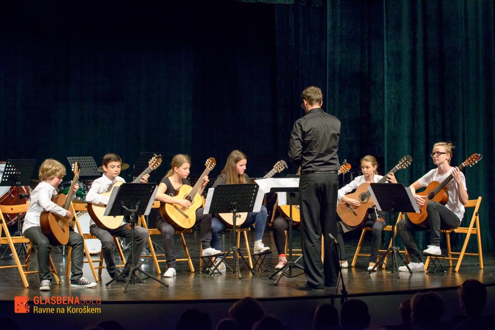 koncert-orkestrov-19-05-36