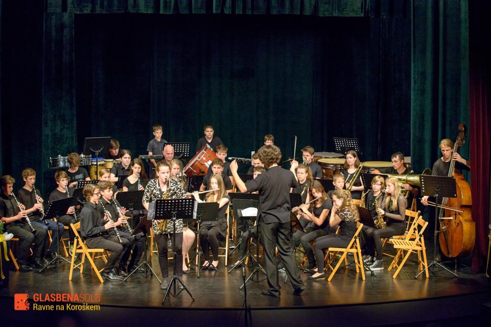 koncert-orkestrov-19-05-99