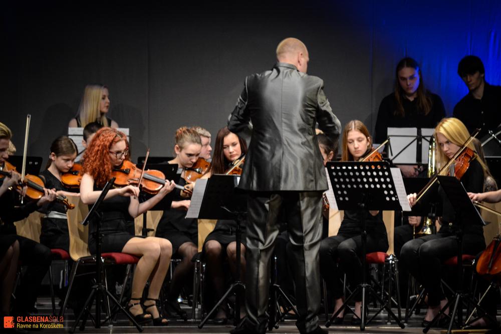 gs_koncert_godalni_simfon_2015-23